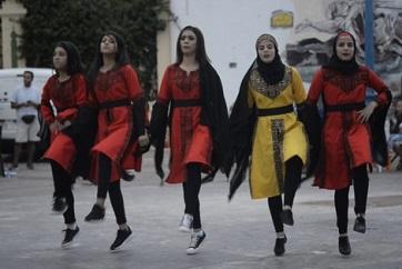 فرقتان فلسطينية وإسبانية تقدّمان عروضاً فولوكلورية بفالنسيا الإسبانية