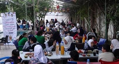 إفطار رمضاني لذوي الاحتياجات الخاصة والأطفال الفلسطينيين في قدسيا