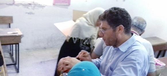 فريق طبّي يزور مخيّم درعا والأهالي ينتقدون غياب
