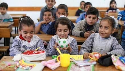 الأونروا: القيود على الحركة من وإلى غزة ساهمت في تقويض الظروف الحياتية لـ (1.9) مليون فلسطيني