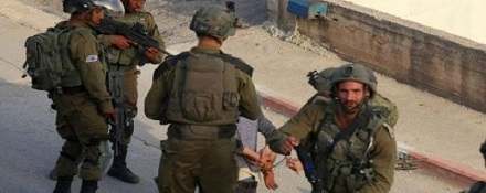 قوات الاحتلال تشن حملة اعتقالات بالضفة.. ومداهمات للمنازل في القدس