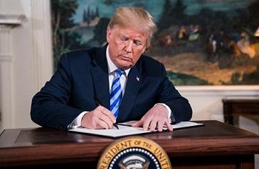 ترامب وانحيازه للاحتلال: 8 قرارات أميركية في محاولة لتصفية القضية الفلسطينية تصغير الخط تكبير الخط طباعة المقالة